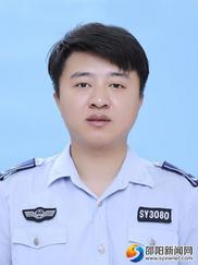 第五屆道德模范見義勇為顏偉龍