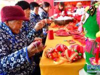 山西万荣:传统刺绣助农增收
